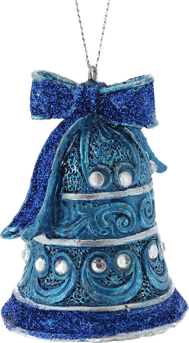 Новогоднее подвесное украшение Erich Krause Колокольчик, высота 7 см4041485322702Украшение Колокольчик выполнено из полирезины. С помощью специальной петли украшение можно подвесить в любом понравившемся Вам месте. Но, конечно же, удачнее всего такая игрушка будет смотреться на праздничной елке. Новогодние украшения приносят в дом волшебство и ощущение праздника. Создайте в своем доме атмосферу веселья и радости, украшая всей семьей новогоднюю елку нарядными игрушками, которые будут из года в год накапливать теплоту воспоминаний. Размер: 7 х 5,5 см.