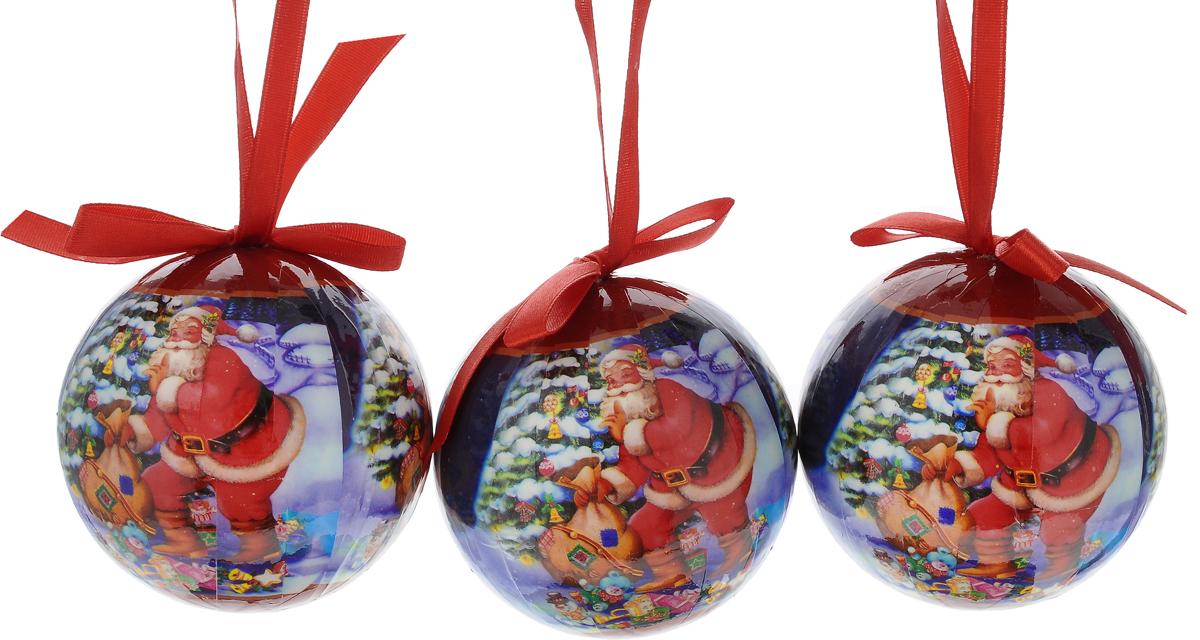 Набор новогодних подвесных украшений Erich Krause Санта с подарками, диаметр 7,5 см, 3 шт4041485332671Набор подвесных украшений Erich Krause Санта с подарками прекрасно подойдет для праздничного декора новогодней ели. Набор состоит из 3 пластиковых украшений. Для удобного размещения на елке для каждого украшения предусмотрено петелька. Елочная игрушка - символ Нового года. Она несет в себе волшебство и красоту праздника. Создайте в своем доме атмосферу веселья и радости, украшая новогоднюю елку нарядными игрушками, которые будут из года в год накапливать теплоту воспоминаний. Откройте для себя удивительный мир сказок и грез. Почувствуйте волшебные минуты ожидания праздника, создайте новогоднее настроение вашим дорогим и близким. Диаметр: 7,5 см. Длина: 7,5 см.