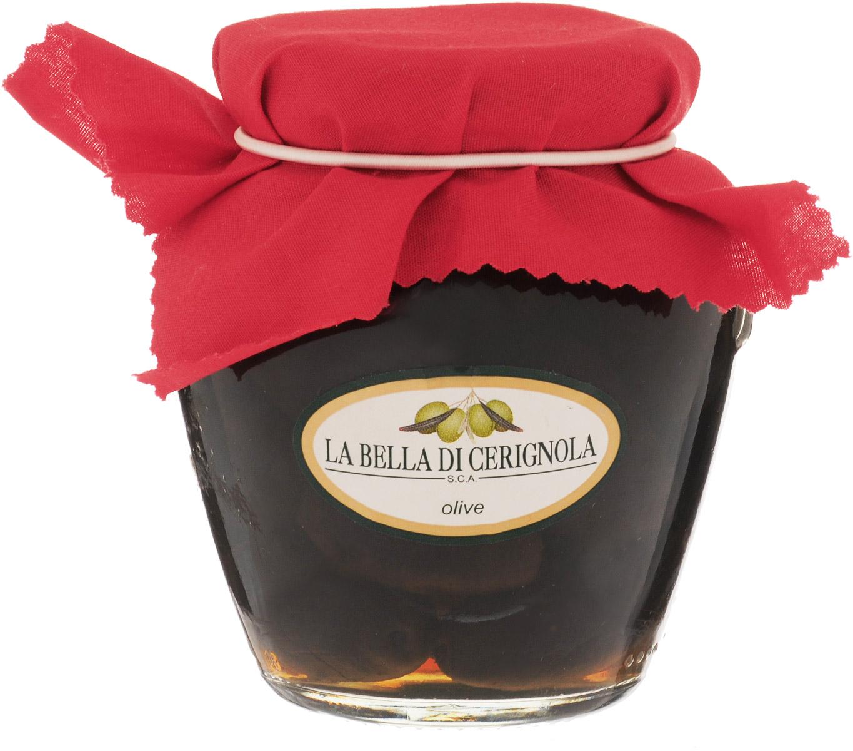 Bella Di Cerignola маслины черные, 180 гVO3141GCИтальянские оливки - это большие овальные оливки, обладают нежным вкусом и плотной густой мякотью, выращивают на юге Италии, на полуострове Гаргано, в провинции Апулия, названы в честь небольшого городка Cerignola. Оливки собираются вручную, чтобы не повредить плоды, и сразу же поставляют на перерабатывающий завод, что позволяет сохранить их аромат и сочность. Уважаемые клиенты! Обращаем ваше внимание, что полный перечень состава продукта представлен на дополнительном изображении.