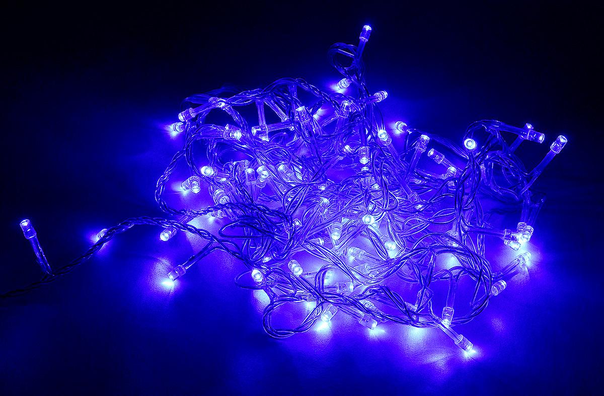 Гирлянда электрическая Winter Wings, 100 ламп, длина 6,5 м. N11197N11197_синийЭлектрическая гирлянда Winter Wings предназначена для украшения интерьеров. Содержит незаменяемые лампы повышенного срока службы, имеет яркое свечение и низкое энергопотребление. При неисправности одной лампы другие продолжают гореть. Новогодние украшения несут в себе волшебство и красоту праздника. Они помогут вам украсить дом к предстоящим праздникам и оживить интерьер по вашему вкусу. Напряжение: 220 В. Частота: 50 Hz. Мощность: 4,5 ВТ. Цвет кабеля: прозрачный. Общая длина: 6,5 м. Длина провода от последней лампочки до вилки: 1,5 м. Количество режимов: 1. Цвет ламп: синий. Количество ламп: 100. Напряжение: 3 В. Мощность: 0,06 Вт.
