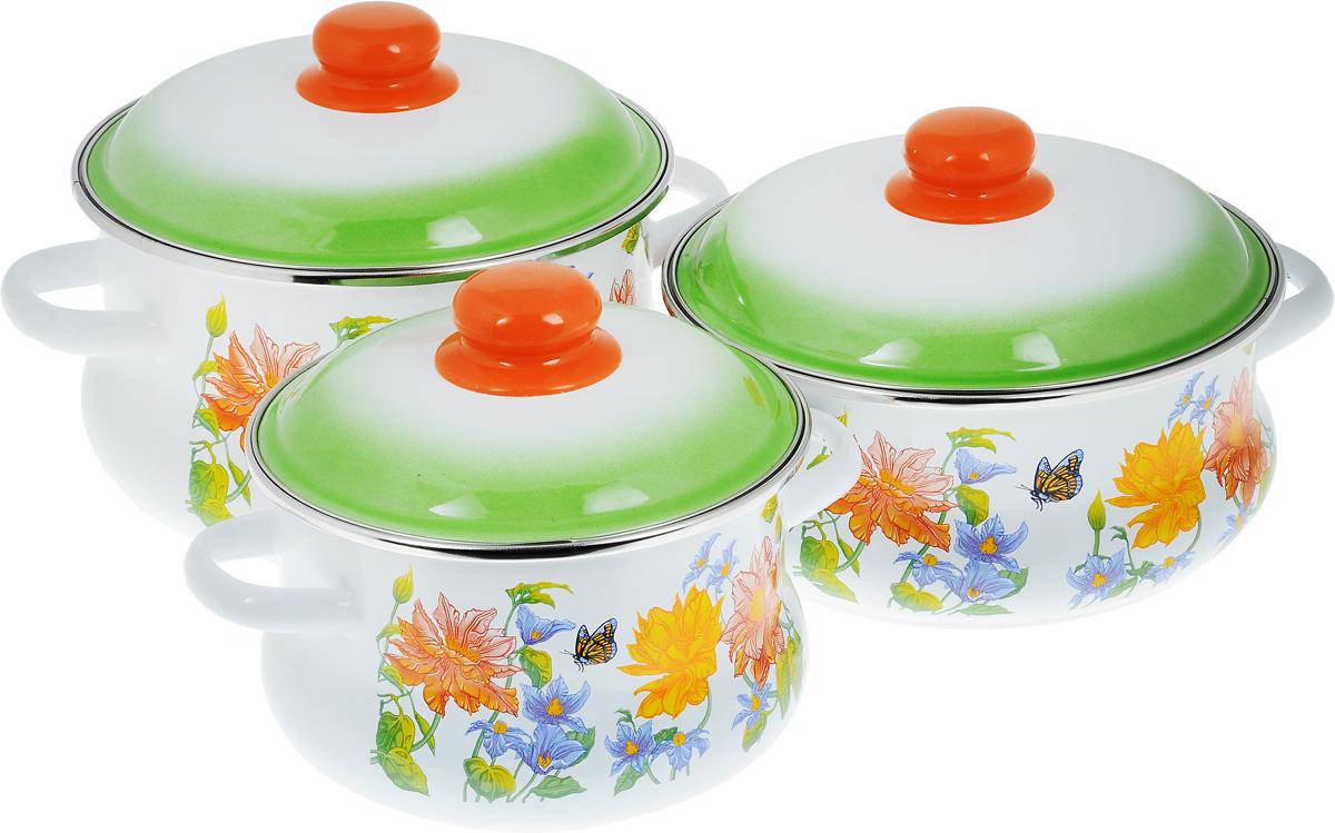 Набор посуды СтальЭмаль Цветочный, 6 предметов7КТ131МНабор посуды СтальЭмаль Цветочный состоит из 3 кастрюль разного объема и 3 крышек. Изделия выполнены из качественной эмалированной стали. Эмаль защищает сталь от коррозии, придает посуде гладкую поверхность и надежно защищает от кислот и щелочей. Эмаль устойчива к пищевым кислотам, не вступает во взаимодействие с продуктами и не искажает их вкусовые качества. Прочный стальной корпус обеспечивает эффективную тепловую обработку пищевых продуктов и не деформируется в процессе эксплуатации. Внешняя поверхность изделий оформлена красочным цветочным изображением. Кастрюли снабжены стальными крышками с пластиковыми ручками. Посуда подходит для газовых, электрических, стеклокерамических, индукционных плит, а также для духовки. Можно мыть в посудомоечной машине. Объем кастрюль: 2 л; 3 л; 4 л. Диаметр кастрюль (по верхнему краю): 16 см; 20 см; 20 см. Ширина кастрюль (с учетом ручек): 23 см; 28 см; 28 см. Высота стенки кастрюль: 11...