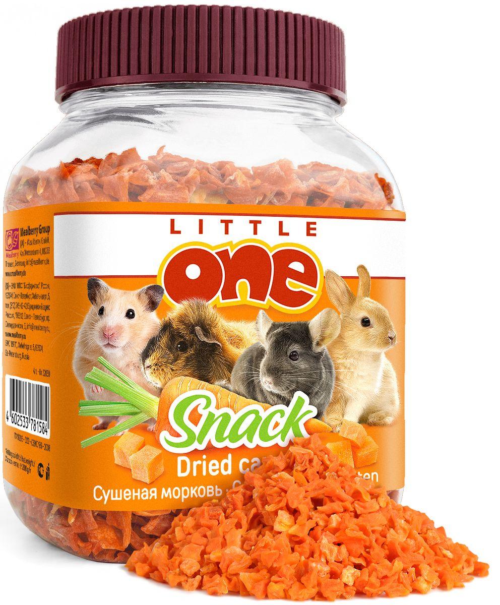 Лакомство для грызунов Little One Сушеная морковь, 200 г19521Сушеная морковь готовится с помощью высокотехнологичной сушки, что позволяет сохранить вкусовые качества и питательные вещества моркови в целостности. Морковь отличается высоким содержанием каротина, пищевых волокон, калия, железа, фосфора, витамина С и фолиевой кислоты. При регулярном употреблении моркови повышается жизненный тонус, укрепляется иммунитет, стимулируются процессы регенерации в организме.