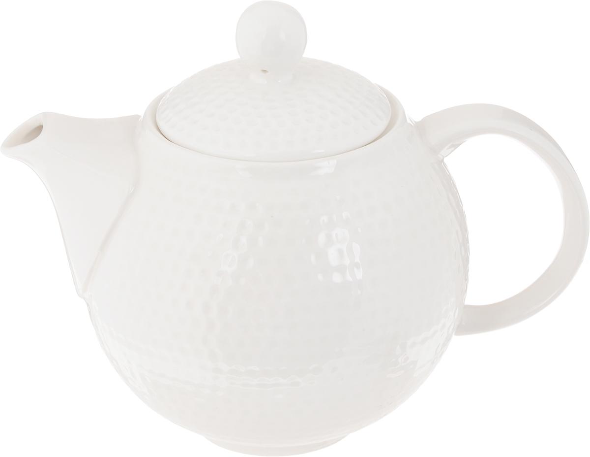 Чайник заварочный Claude Monet, 900 мл596-046Заварочный чайник Claude Monet изготовлен из высококачественного фарфора. Глазурованное покрытие обеспечивает легкую очистку. Изделие прекрасно подходит для заваривания вкусного и ароматного чая, а также травяных настоев. Отверстия в основании носика препятствует попаданию чаинок в чашку. Оригинальный дизайн сделает чайник настоящим украшением стола. Он удобен в использовании и понравится каждому. Можно мыть в посудомоечной машине и использовать в микроволновой печи. Диаметр чайника (по верхнему краю): 8 см. Ширина чайника (с учетом носика и ручки): 19 см. Высота чайника (без учета крышки): 11,5 см. Высота чайника (с учетом крышки): 15,5 см.