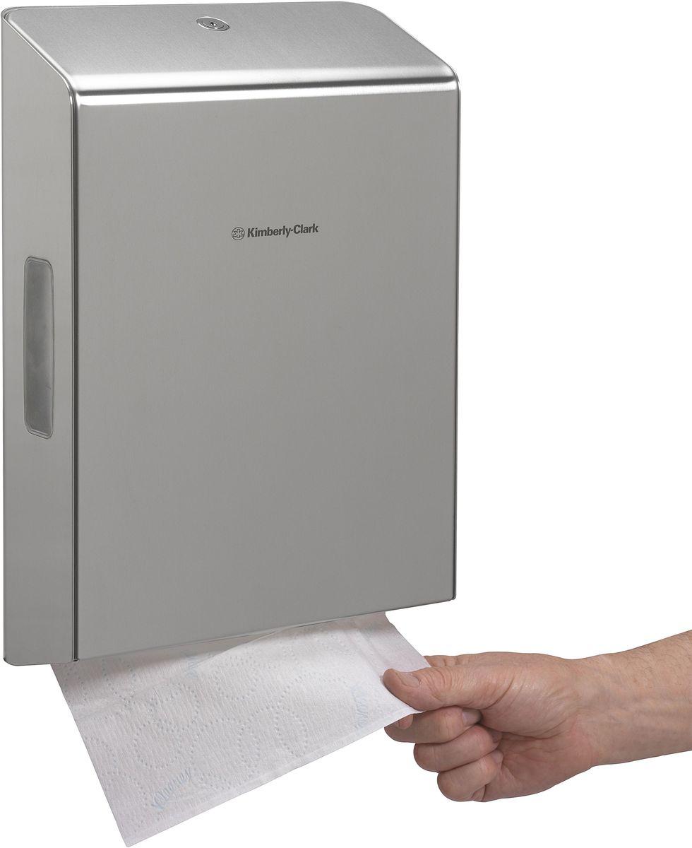 Диспенсер Kimberly-Clark Professional, для сложенных бумажных полотенец. 72597259Новый диспенсер KIMBERLY-CLARK PROFESSIONAL® пополнит линейку эксклюзивных нержавеющих диспенсеров. Премиальный диспенсер, подходящий под любой интерьер. Диспенсер выполнен из высококачественной нержавеющей стали 2 мм (марка 304 - высокое сопротивление коррозии/окислению). Запирается на ключ, имеет окно для контроля над наличием расходного материала. Оснащен внутренним стабилизатором зажима для фиксации положения расходного материала, что исключит некорректность подаваемых полотенец. Продукция сертифицирована и имеет стандарты качества ISO9001 и ISO14001. Совместим с полотенцами: 1890, 4375, 4632.
