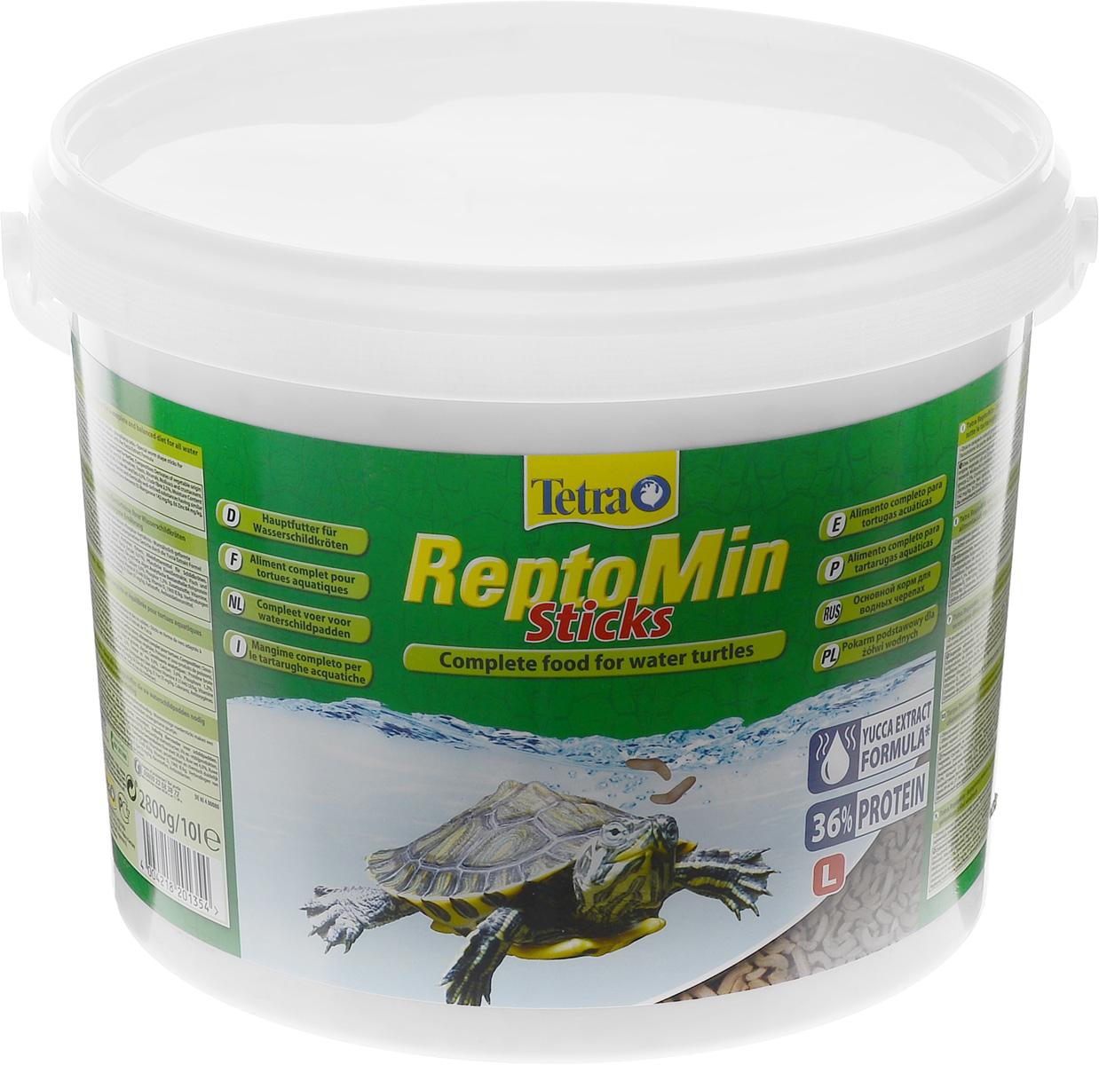 Корм для водных черепах Tetra ReptoMin, палочки, 10 л (2,5 кг)201354Корм Tetra ReptoMin - полноценный сбалансированный питательный корм высшего качества для любых видов водных черепах. Поддерживает здоровье, нормальный рост и придает жизненные силы. Оптимальное соотношение кальция и фосфора для формирования твердого панциря и крепких костей. Запатентованная БиоАктив-формула обеспечивает здоровую иммунную систему. Состав: растительные продукты, рыба и побочные рыбные продукты, экстракты растительного белка, дрожжи, минеральные вещества, моллюски и раки, масла и жиры, водоросли. Аналитические компоненты: сырой белок 39%, сырые масла и жиры 4,5%, сырая клетчатка 2%, влага 9%, кальций 3,3%, фосфор 1,3%. Добавки: витамин А 29550 МЕ/кг, витамин Д3 1845 МЕ/кг, Е5 марганец 134 мг/кг, Е6 цинк 80 мг/кг, Е1 железо 52 мг/кг, Е3 кобальт 0,9 мг/кг, красители, антиоксиданты. Товар сертифицирован.