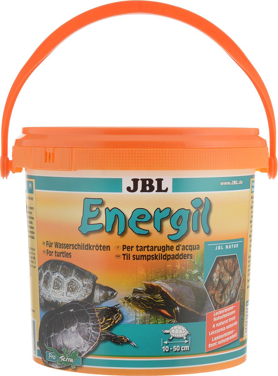 Корм из целиком высушенных рыб и рачков JBL Energil для крупных водных черепах, 2,5 л (500 г)JBL7031400Корм JBL Energil состоит из отборных, высушенных целиком рыб и рачков. Он идеально подобран с учетом естественных питательных потребностей крупных водных черепах. Вносит разнообразие в привычное меню водных черепах, но охотно поедается и другими, разборчивыми в еде обитателями террариума. Форма корма в виде целых кормовых существ, вызывающая необходимость размельчения их черепахами, развивает питательный инстинкт, присущий данному виду, и обеспечивает активное движение черепах. Товар сертифицирован.