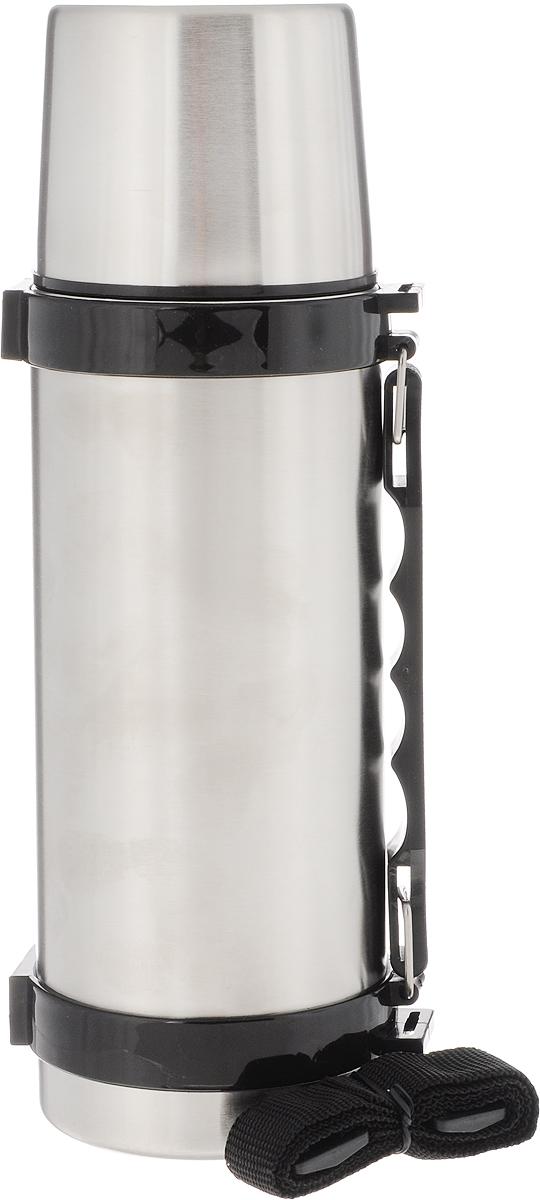 Термос Arctix, 750 мл336-10750Термос Arctix изготовлен из высококачественной нержавеющей стали с пластиковыми элементами. Двухслойный корпус сохраняет температуру на срок до 24 часов. Термос предназначен для горячих и холодных напитков. Вакуумный закручивающийся клапан предохраняет от проливаний, а удобная кнопка-дозатор избавит от необходимости каждый раз откручивать крышку. Крышку можно использовать как чашку. Термос оснащен пластиковой ручкой и ремешком на плечо для удобной переноски. Стильный металлический термос понравится абсолютно всем и впишется в любой интерьер кухни. Диаметр горлышка: 5 см. Диаметр основания термоса: 8 см. Высота термоса: 26,5 см.