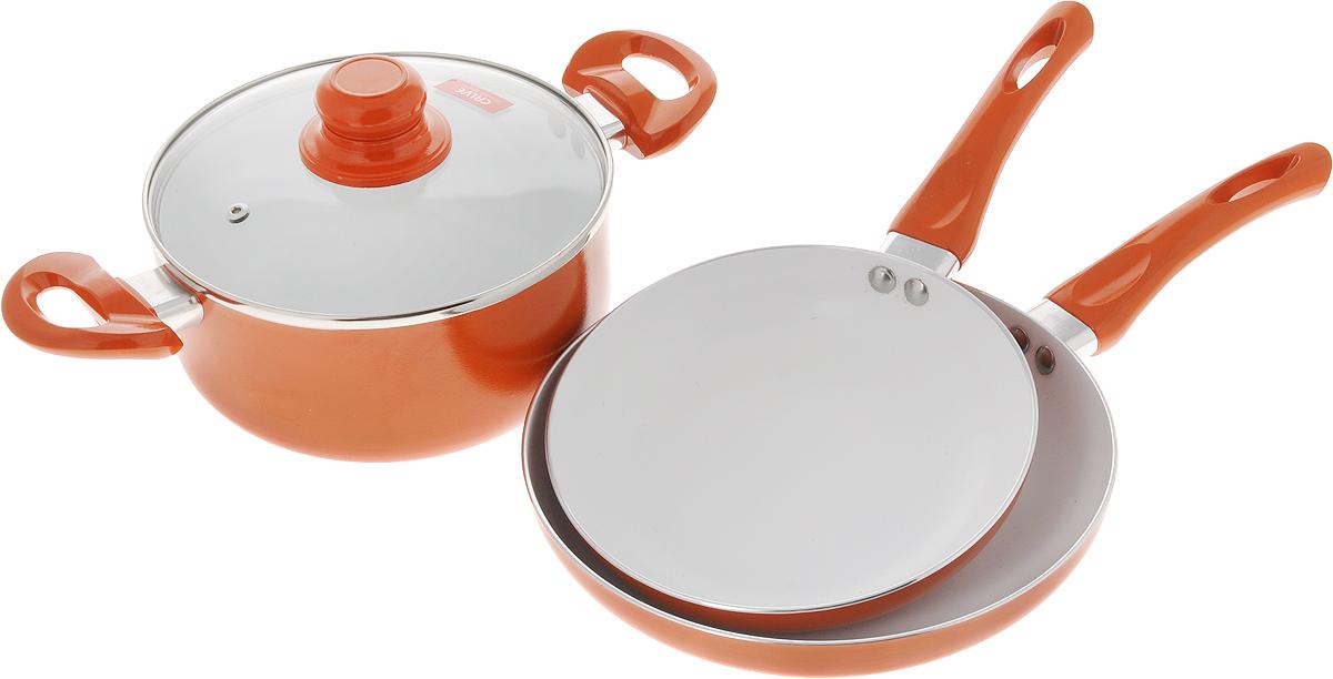 Набор посуды Calve, с керамическим покрытием, цвет: оранжевый, 4 предметаCL-1922_оранжевыйНабор посуды Calve состоит из 2 сковородок и кастрюли со стеклянной крышкой. Предметы набора выполнены из высококачественного алюминия с внутренним керамическим покрытием. Такое покрытие предотвращает прилипание пищи к стенкам. Посуда равномерно нагревается. Изделия оснащены удобными ручками из бакелита, они не нагреваются в процессе готовки и обеспечивают надежный хват. Крышка изготовлена из жаростойкого стекла и снабжена ручкой, металлическим ободом и отверстием для выпуска пара. Такой набор не только станет незаменимым помощником в приготовлении ваших любимых блюд, но и стильно оформит интерьер кухни. Подходит для всех типов плит, кроме индукционных. Можно мыть в посудомоечной машине. Диаметр кастрюли: 20 см. Высота стенок кастрюли: 9 см. Объем кастрюли: 2,8 л. Ширина кастрюли (с учетом ручек): 34,5 см. Диаметр сковород: 20 см; 24 см. Высота стенок сковород: 4,2 см; 4,5 см. Длина ручек: 16,5 см....