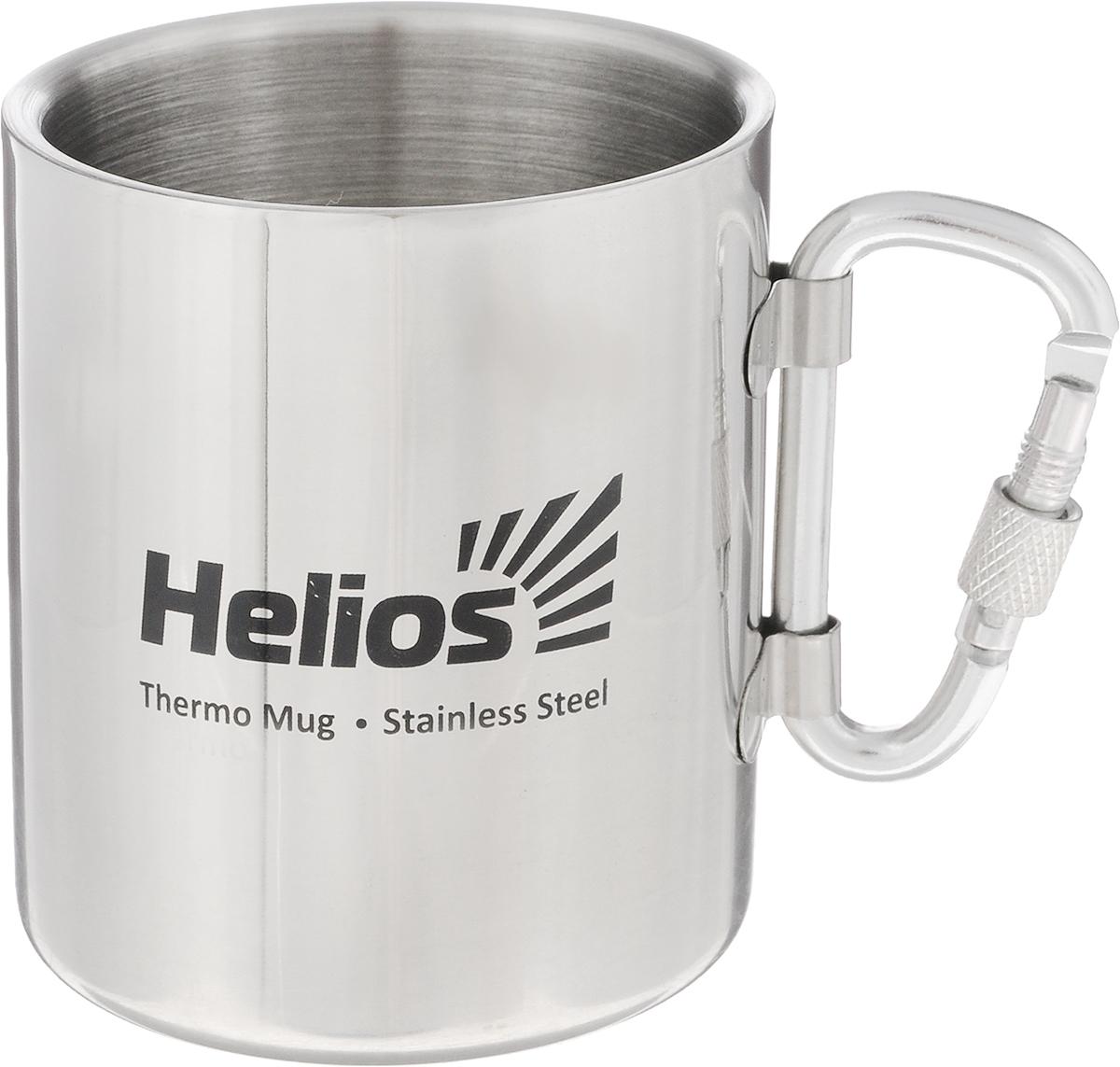 Термокружка Helios HS TK-005, со складной ручкой-карабином, 230 мл128982Термокружка Helios HS TK-005 предназначена специально для горячих и холодных напитков. Она изготовлена из высококачественной нержавеющей стали. Двойная стенка гарантирует долгое сохранение температуры и убережет от ожогов при заваривании чая или кофе. Кружка имеет складную ручку-карабин, которая не нагревается и позволяет подвесить кружку на рюкзак или на ремень. Такая кружка прекрасно сохраняет свою целостность и первозданный вид даже при многократном использовании. Диаметр кружки (по верхнему краю): 7 см. Высота кружки: 8 см.