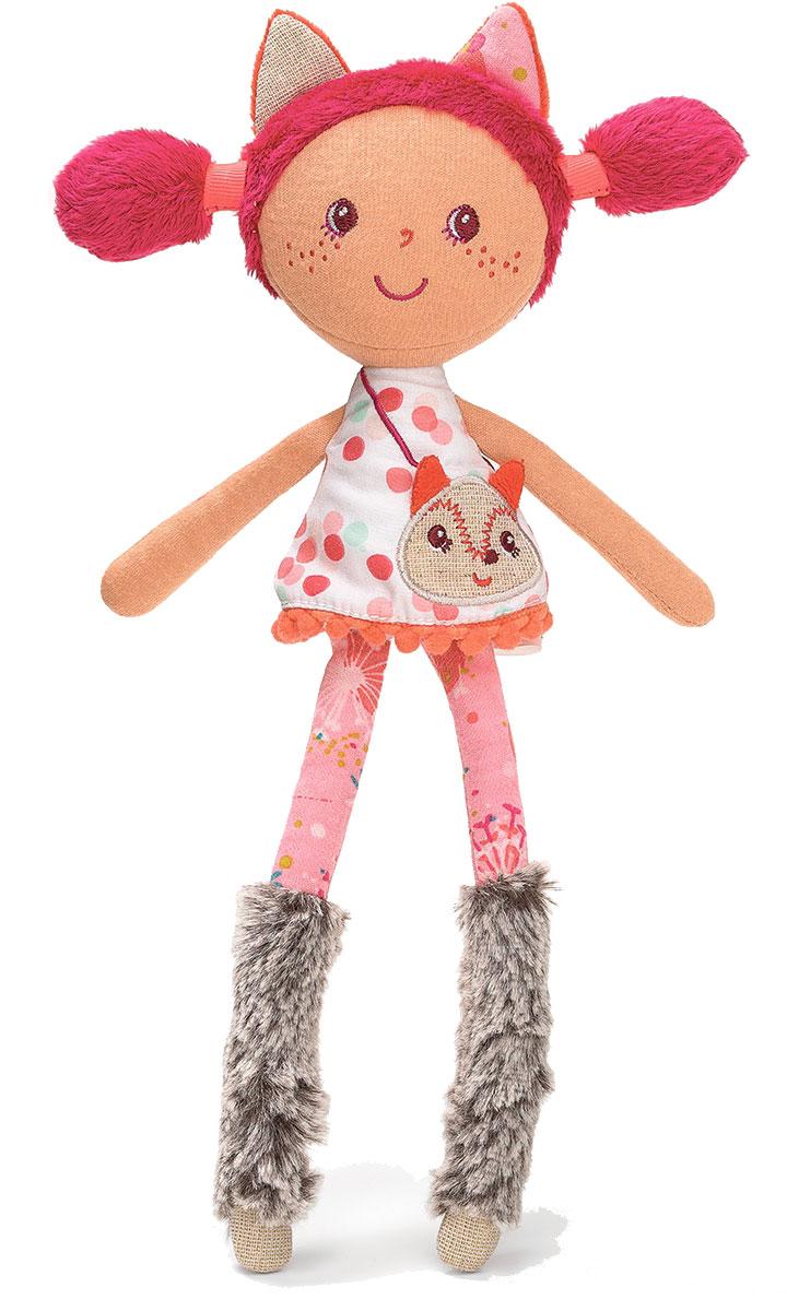 Lilliputiens Мягкая кукла Алиса86743Милая тряпичная кукла предстала в этот раз в образе веснушчатой лисички. На голове у нее заостренные ушки, на ногах - меховые сапожки, а сумочка выполнена в виде мордочки того же животного - лисички. Возьмите Алису с собой на лесную прогулку и она познакомит вас со своими друзьями! Кукла изготовлена из качественного и гипоаллергенного материала, приятного на ощупь. Все игрушки Lilliputiens разрабатываются креативной группой молодых современных мам, так как компания убеждена, что именно мамы лучше всех чувствуют и знают потребности детей и могут вложить в игрушки душу. Компания ставит безопасность во главу угла, поэтому все материалы, из которых изготовлены игрушки, проходят тщательный качественный отбор и абсолютно безопасны даже для самых маленьких.