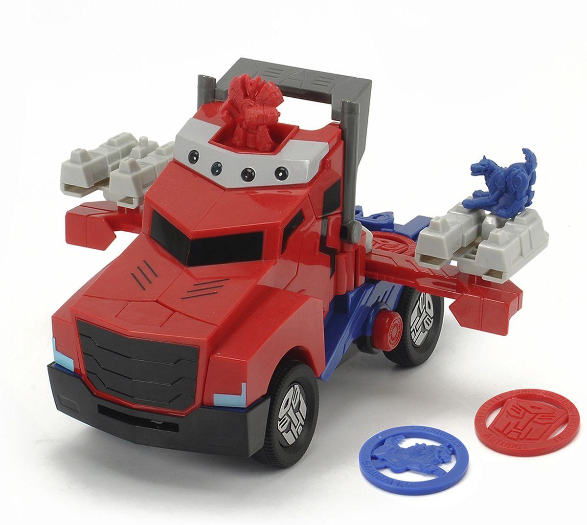 Dickie Toys Машинка-трансформер Боевой трейлер Optimus Prime3116003, 203116003Машинка-трансформер Dickie Toys Боевой трейлер Optimus Prime надолго займет внимание вашего ребенка. Optimus Prime - это один из главных героев мультфильма Трансформеры. Игрушка выполнена из яркого и прочного пластика в виде боевого трейлера. Игрушка снабжена яркой подсветкой и может воспроизводить звуки выстрелов. Колесные диски украшены логотипом автоботов. Боевой трейлер Optimus Prime имеет в комплекте две фигурки и четыре диска для стрельбы. Оптимус прайм всегда готов к бою. Одним движением обычный трейлер превращается в боевую машину. Дисками можно стрелять как из боковых стоек с помощью удара пальца, так и спереди, нажав кнопку. Эта игрушка непременно понравится вашему малышу. Порадуйте его таким замечательным подарком! Рекомендуется докупить 3 батарейки типа ААА напряжением 1,5V (комплектуется демонстрационными).