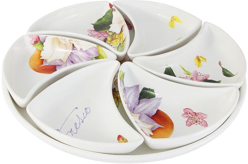 Набор для закуски (менажница) Ceramiche Viva Фреско: блюдо, 38 см, 6 блюд 17х12см. CV2-T05-00048-ALCV2-T05-00048-ALНабор для закуски: блюдо 38см+6 блюд 17х12см (менажница) Фреско Керамическая посуда итальянской фабрики Ceramiche Viva известна не только своим превосходным качеством, но и удивительными, неповторимыми дизайнами, отличающими ее от любой другой керамической посуды. Невозможно относиться к изделиям Ceramiche Viva как к обычной посуде. Приобретя любую вещь из ассортимента Ceramiche Viva, вы украсите свой дом, доставите радость родным и близким, и ваш обычный ужин превратится в праздничный. Помимо внешней привлекательности посуда Ceramiche Viva обладает и прекрасными практическими свойствами: посуду Ceramiche Viva можно мыть в посудомоечной машине и использовать в микроволновой печи. Не разрешается применять при мытье посуды абразивные порошки. Поверхность изделий покрыта высококачественной глазурью, не содержащей свинца.