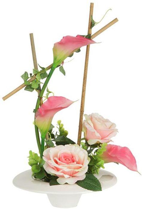 Цветы декоративные Dream Garden Розы и каллы, на подставке, 24 х 24 х 43,5 см. DG-15009-PK-ALDG-15009-PK-ALКомпозиции из искусственных цветов Dream Garden, выполненные из высококачественных материалов, долговечны и не требуют ежедневного ухода. Искусственные цветы максимально приближены к натуральным, не пахнут, что исключает все аллергические реакции.