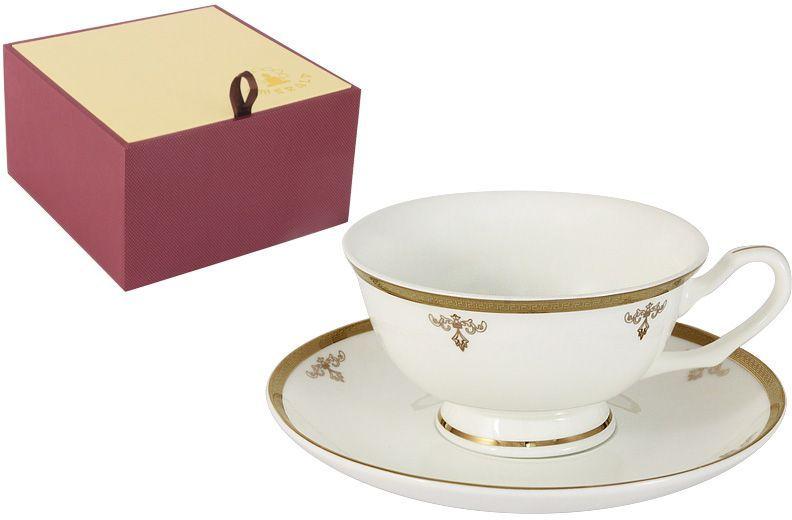 Чайная пара Emerald Ампир, 2 предметаE5-09-24/CS-ALЧайная пара Emerald Ампир состоит из чашки и блюдца, изготовленных из высококачественного костяного фарфора. Яркий дизайн изделий, несомненно, придется вам по вкусу. Чайная пара Emerald Ампир украсит ваш кухонный стол, а также станет замечательным подарком к любому празднику. Объем чашки: 200 мл.