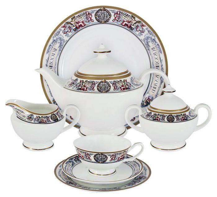 Чайный сервиз Emerald Мельпомена, 40 предметов, 12 персон. E5-14-02/40-ALE5-14-02/40-ALЧайный сервиз Мельпомена 40 предметов на 12 персон (12 десерт тарелок-18 см; 12 чашек 0,2л; 12 блюдец, сливочник 0,3л; чайник1,2л; сахарница 0,4л; блюдо для торта 31см) Чайная и обеденная столовая посуда торговой марки Emerald произведена из высококачественного костяного фарфора. Благодаря высокому качеству исполнения, разнообразным декорам и оптимальному соотношению цена – качество, посуда Emerald завоевала огромную популярность у покупателей и пользуется неизменно высоким спросом. Изделия Emerald представлены как в виде обеденных и чайных сервизов на 6 и 12 персон. Поверхность изделий покрыта превосходной сверкающей глазурью, не содержащей свинца.