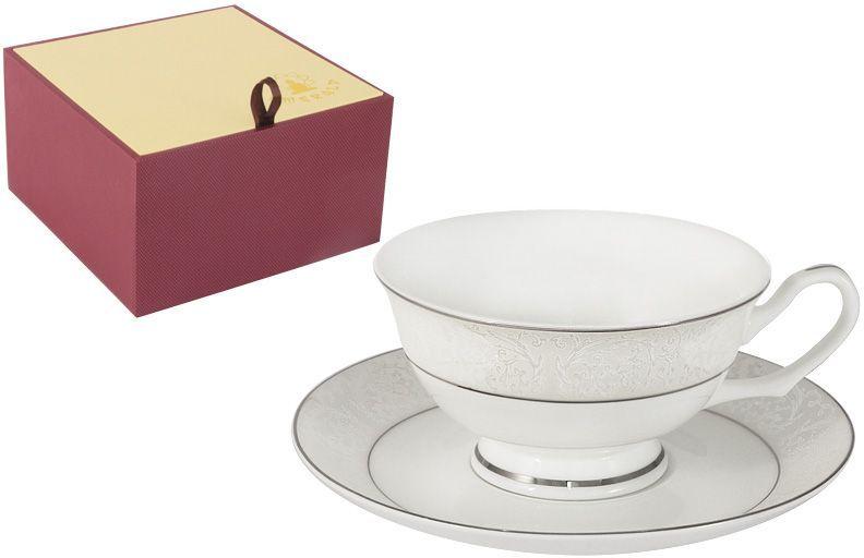 Чашка с блюдцем Emerald Мелисента, 0,2 л. E5-14-310/CS-ALE5-14-310/CS-ALЧашка с блюдцем Мелисента 0.2л Чайная и обеденная столовая посуда торговой марки Emerald произведена из высококачественного костяного фарфора. Благодаря высокому качеству исполнения, разнообразным декорам и оптимальному соотношению цена – качество, посуда Emerald завоевала огромную популярность у покупателей и пользуется неизменно высоким спросом. Изделия Emerald представлены как в виде обеденных и чайных сервизов на 6 и 12 персон. Поверхность изделий покрыта превосходной сверкающей глазурью, не содержащей свинца.