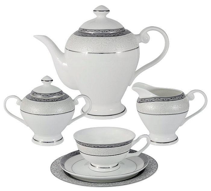 Чайный сервиз Emerald Бостон, 21 предмет, 6 персон. E5-16-908/21-ALE5-16-908/21-ALЧайный сервиз Бостон 21 предмет на 6 персон (6 чашек 0.2л , 6 блюдец, 6 тарелок 19см , чайник 1.2л , сахарница 0.35л , молочник 0.35л ) Чайная и обеденная столовая посуда торговой марки Emerald произведена из высококачественного костяного фарфора. Благодаря высокому качеству исполнения, разнообразным декорам и оптимальному соотношению цена – качество, посуда Emerald завоевала огромную популярность у покупателей и пользуется неизменно высоким спросом. Изделия Emerald представлены как в виде обеденных и чайных сервизов на 6 и 12 персон. Поверхность изделий покрыта превосходной сверкающей глазурью, не содержащей свинца.