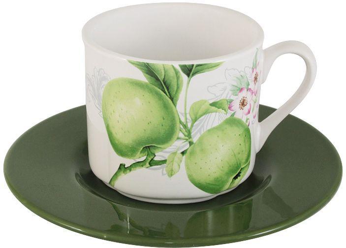 Чайная пара Imari Зеленые яблокиIM15018E-A2211ALЧайная пара Зеленые яблоки состоит из чашки и блюдце. Изделия выполнены из высококачественной керамики, основным ингредиентом которой является твердый доломит. Изделия легкие, белоснежные, прочные и устойчивые к высоким температурам. Нанесение сверкающей глазури, не содержащей свинца, придает посуде превосходный блеск и особую прочность. Такой набор идеально подойдет для сервировки стола к чаепитию. Он станет практичным приобретением для кухни и подчеркнет ваш прекрасный вкус. Высокое качество исходного сырья и глазури позволяет мыть изделия в посудомоечной машине. Объем чашки: 250 мл.