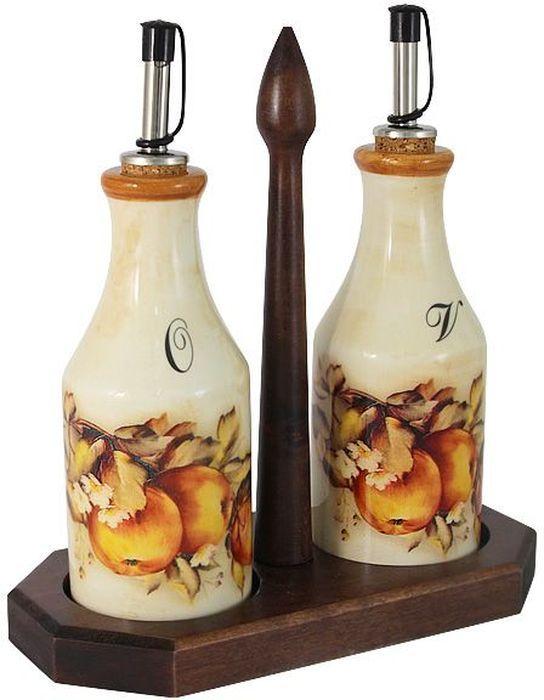 Набор бутылок для масла и уксуса LCS Зимние яблоки, на подставке, 0,275 л. LCS872L-M-ALLCS872L-M-ALНабор из 2-х бутылок для масла и уксуса на подставке 0,275 л Зимние яблоки LCS - молодая, динамично развивающаяся итальянская компания из Флоренции, производящая разнообразную керамическую посуду и изделия для украшения интерьера. В своих дизайнах LCS использует как классические, так и современные тенденции. Высокий стандарт изделий обеспечивается за счет соединения высоко технологичного производства и использования ручной работы профессиональных дизайнеров и художников, работающих на фабрике.