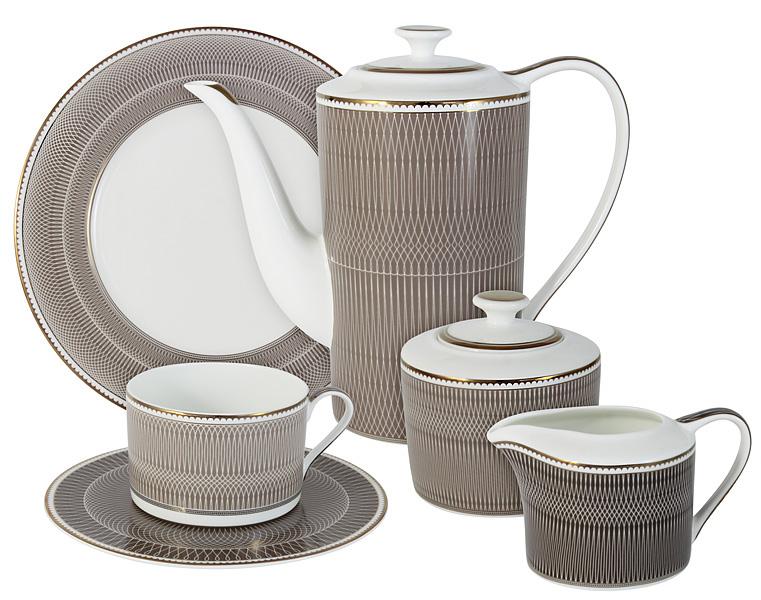 Чайный сервиз Naomi Мокко, 21 предмет, 6 персон. NG-I150905A-21-ALNG-I150905A-21-ALЧайный сервиз Мокко 21 предм.на 6 персон (6 чашек 0.25л, 6 блюдец, 6 тарелок 21.5см, чайник 1.4л, сахарница 0.35л, молочник 0.25л ) Чайная и обеденная посуда торговой марки Naomi из высококачественного костяного фарфора отличается прекрасными дизайнами, исполненными как в современном, так и в классическом стиле по разработкам современных японских художников. Все изделия изготавливаются на современном оборудовании по новейшим технологиям и проходят строгий контроль качества.