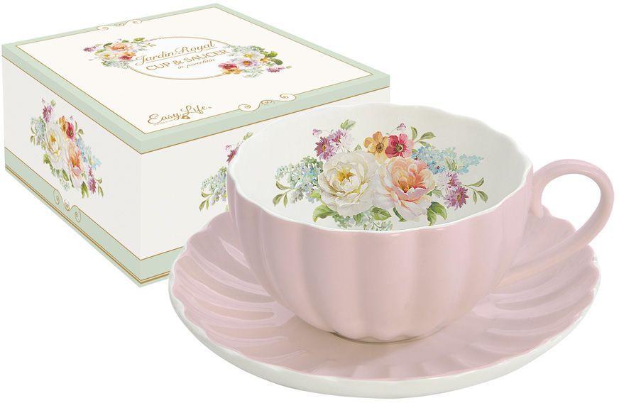 Чашка с блюдцем Nuova R2S Королевский сад, 0,2 л. R2S1282/ROYP-ALR2S1282/ROYP-ALЧашка с блюдцем 0.2л Королевский сад (розов) Концепция выпускаемой продукции заключается в создании единой дизайнерской линии предметов сервировки стола, оформления интерьера кухни или столовой комнаты. Вся продукция производится из современных и экологически чистых материалов: фарфора, стекла, пластика и дерева. Продукция компании NUOVA R2S отличается современным дизайном, и легкостью в эксплуатации. Компания работает в тесном сотрудничестве с лучшими итальянскими художниками и дизайнерами.