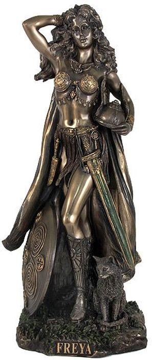Статуэтка Veronese Фрея, высота 26 смVWU76873A4ALДекоративная статуэтка Veronese Фрея изготовлена из полирезина бронзового цвета. Изделие выполнено в виде скандинавской богини любви - Фреи. Вы можете поставить статуэтку в любом месте, где она будет удачно смотреться и радовать глаз. Такая фигурка прекрасно дополнит интерьер офиса или дома. Veronese - это торговая марка, представляющая широкий ассортимент художественных изделий, выполненных по эскизам итальянских дизайнеров и художников. Имя Veronese является синонимом высокого качества, художественного вкуса и эксклюзивного дизайна. Искусные мастера создают уникальные статуэтки и фигурки, которые призваны украсить вашу жизнь.