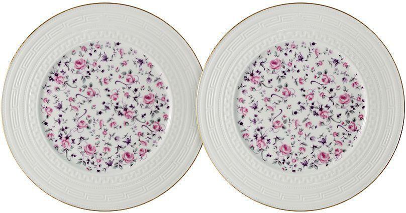 Набор десертных тарелок Colombo Стиль, диаметр 20,5 см, 2 штC2-AP/2-6402ALНабор Colombo Стиль состоит из двух десертных тарелок, изготовленных из костяного фарфора высшего качества, отличающегося необыкновенной прочностью и небольшим весом. Яркий дизайн изделий, несомненно, придется вам по вкусу. Набор Colombo Стиль украсит ваш кухонный стол, а также станет замечательным подарком к любому празднику. Диаметр тарелки: 20,5 см.