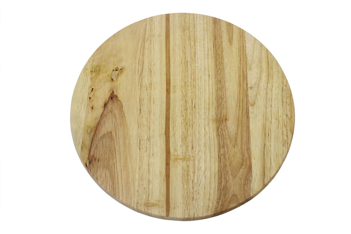 Доска разделочная Vetta, 30 см х 30 см851088Разделочная доска Vetta, изготовленная из гевеи, прекрасно подходит для разделки и измельчения всех видов продуктов.