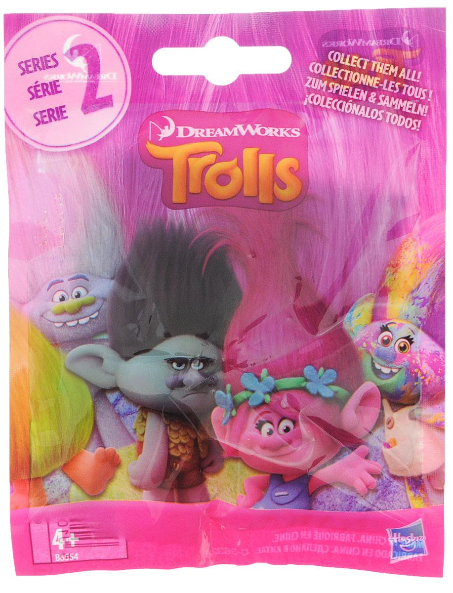 Trolls Фигурка коллекционная ТролльB6554EU4Если вы коллекционируете забавные фигурки троллей из мультфильма Trolls, то непременно захотите пополнить коллекцию и маленькими фигурками. Особенно эти малютки понравятся девочкам, ведь такую куколку можно взять с собой куда угодно, она поместится в любой карман (размер игрушки всего 10 сантиметров вместе с волосами). Самое интересное, что выбирать фигурку нельзя, каждая игрушка поставляется в закрытом пакетике. Это значит, что каждый раз при покупке любителя троллей будет ожидать приятный сюрприз!