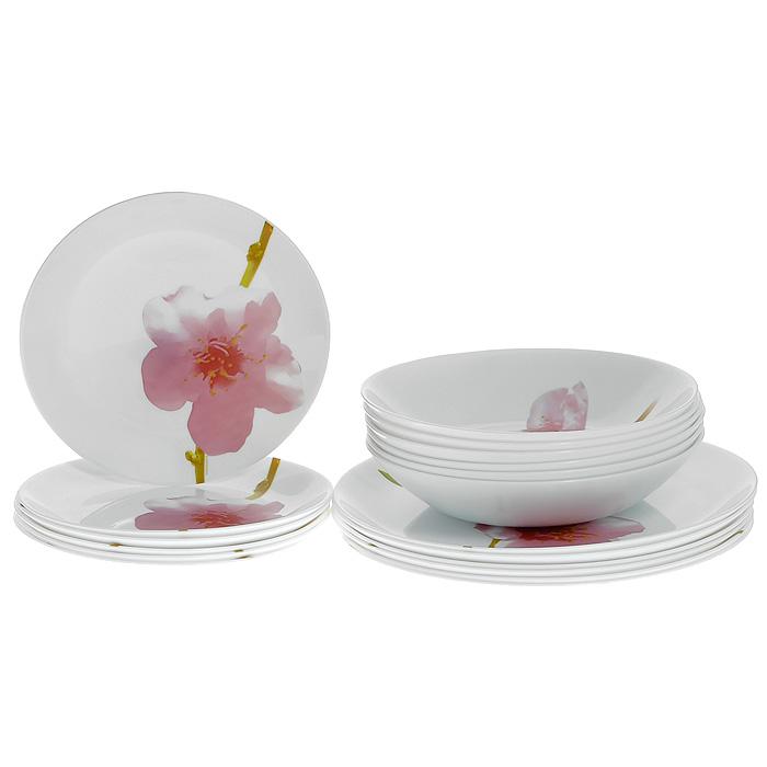 Набор столовой посуды Luminarc Water Color, 18 предметовE4919Набор Luminarc Water Color состоит из шести суповых тарелок, шести десертных тарелок и шести обеденных тарелок, выполненных из закаленного стекла, благодаря чему посуда будет использоваться очень долго, при этом сохраняя свой внешний вид. Набор, оформленный изображением розового цветка на белом фоне, создаст отличное настроение во время обеда, будет уместен на любой кухне и понравится каждой хозяйке. Практичный и современный дизайн делает набор довольно простым и удобным в эксплуатации. Диаметр суповой тарелки: 19,5 см. Высота суповой тарелки: 4 см. Диаметр десертной тарелки: 19 см. Диаметр обеденной тарелки: 25 см.