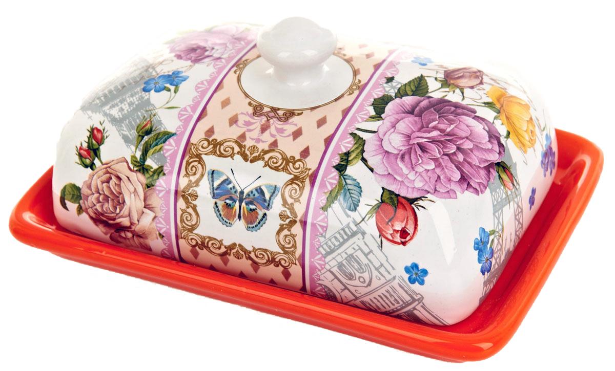 Масленка ENS Group Лето в Европе. 06600710660071Масленка Лето в Европе, изготовленная из керамики, предназначена для красивой сервировки и хранения масла. Она состоит из крышки с удобной ручкой и подноса. Масло в ней долго остается свежим, а при хранении в холодильнике не впитывает посторонние запахи. Гладкая поверхность обеспечивает легкую чистку.
