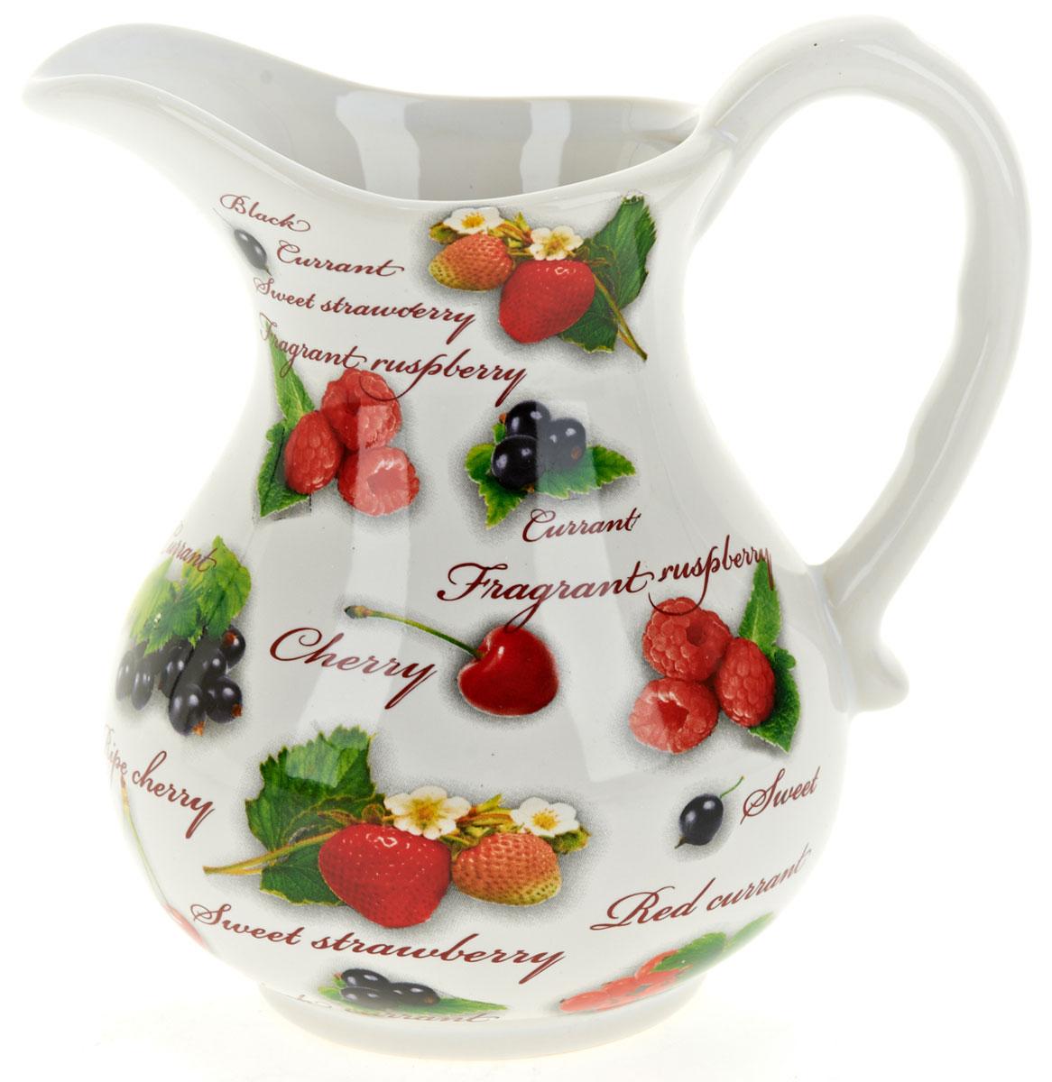 Кувшин ENS Group Садовая ягода, 1,2 лL2520276Кувшин Садовая ягода изготовлен из высококачественной керамики с изящным рисунком. Кувшин оснащен удобной ручкой. Прекрасно подходит для подачи воды, сока, компота и других напитков. Изящный кувшин красиво оформит стол и порадует вас элегантным дизайном и простотой ухода.