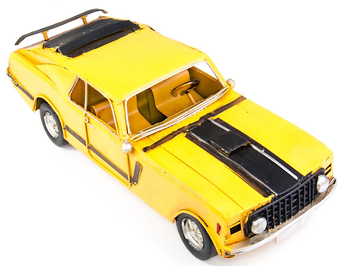 Модель Platinum Автомобиль гоночный1304A-5900Модель Platinum Автомобиль гоночный, выполненная из металла, станет оригинальным украшением интерьера. Вы можете поставить модель ретро- автомобиля в любом месте, где она будет удачно смотреться. Качество исполнения, точные детали и оригинальный дизайн выделяют эту модель среди ряда подобных. Модель займет достойное место в вашей коллекции, а также приятно удивит получателя в качестве стильного сувенира.