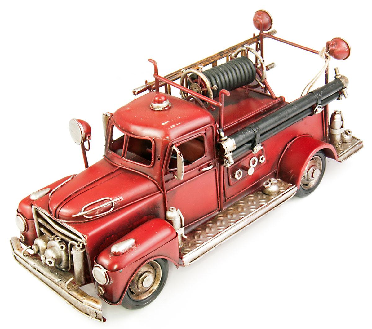Модель Platinum Пожарная машина, с фоторамкой и копилкой. 1504E-51161504E-5116Модель Platinum Пожарная машина, выполненная из металла, станет оригинальным украшением интерьера. Вы можете поставить ретро-модель в любом месте, где она будет удачно смотреться. Изделие дополнено копилкой и фоторамкой, куда вы можете вставить вашу любимую фотографию. Качество исполнения, точные детали и оригинальный дизайн выделяют эту модель среди ряда подобных. Модель займет достойное место в вашей коллекции, а также приятно удивит получателя в качестве стильного сувенира.
