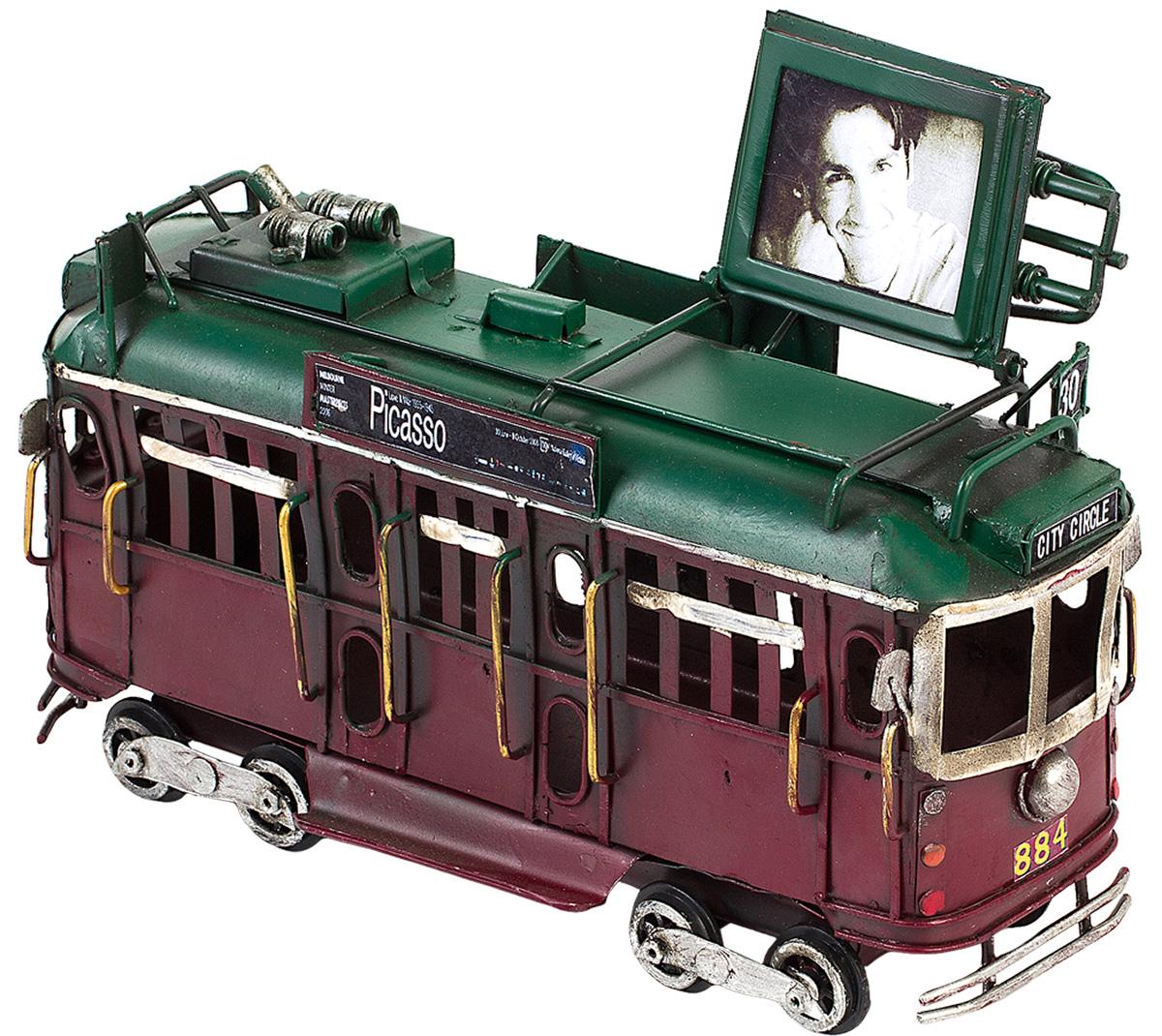 Модель Platinum Трамвай, с фоторамкой. 1404E-43621404E-4362Модель Platinum Трамвай, выполненная из металла, станет оригинальным украшением интерьера. Вы можете поставить ретро-модель в любом месте, где она будет удачно смотреться. Изделие дополнено фоторамкой, куда вы можете вставить вашу любимую фотографию. Качество исполнения, точные детали и оригинальный дизайн выделяют эту модель среди ряда подобных. Модель займет достойное место в вашей коллекции, а также приятно удивит получателя в качестве стильного сувенира.