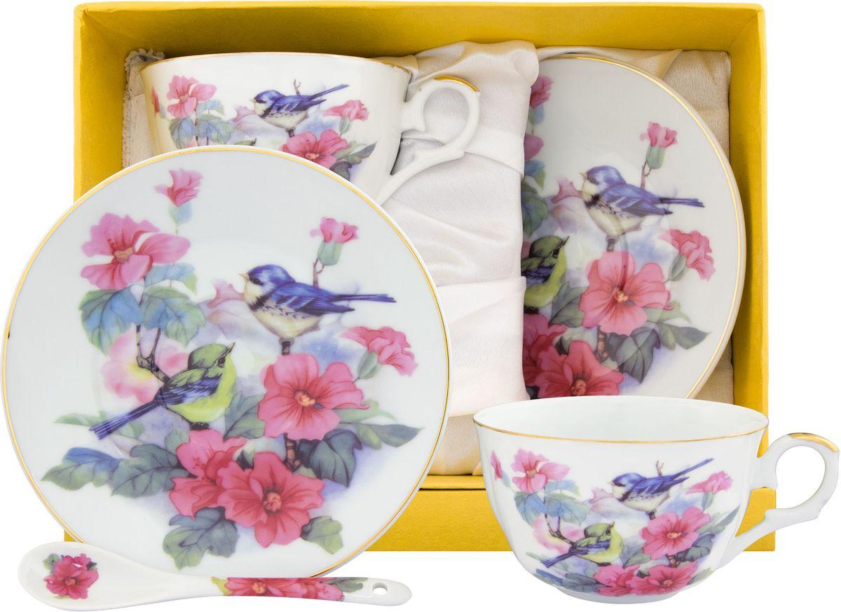 Чайный набор Elan Gallery Синички в шиповнике, с ложкой, 6 предметов180816Великолепный чайный набор на 2 персоны станет шикарным подарком. В комплекте 2 чашки, 2 блюдца, 2 ложечки. Изделие имеет подарочную упаковку, поэтому станет желанным подарком для Ваших близких!