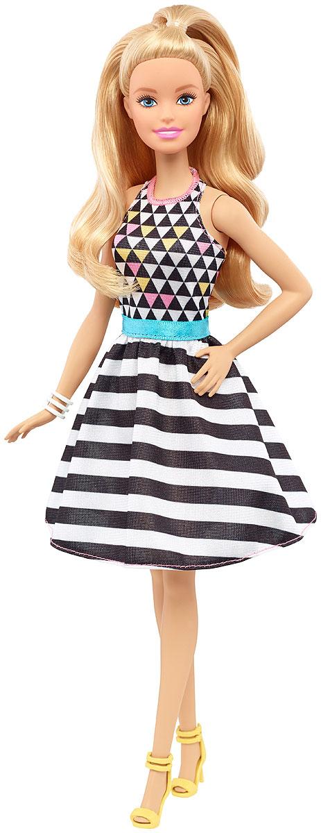 Barbie Кукла Fashionistas Геометричный принтFBR37_DVX68Великолепная кукла Barbie Fashionistas порадует вашу малышку и доставит ей много удовольствия от часов, посвященных игре с ней. Барби готова сразить всех наповал своей ослепительной красотой! У Барби милое личико, открытая улыбка и длинные светлые волосы. На куколке оригинальное платье миди с пышной юбкой в полоску. Верх платья оформлен треугольным геометричным рисунком. На ногах - желтые босоножки с ремешками и на каблучках. Завершает стильный образ белый браслетик на запястье Барби. В таком наряде можно пойти в клуб повеселиться или прогуляться под ручку с Кеном. Порадуйте свою малышку таким великолепным подарком! Каждая кукла Barbie Fashionistas уникальна. Собери их всех!