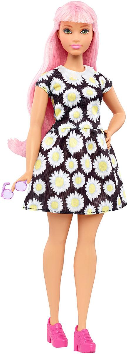 Barbie Кукла Fashionistas Daisy PopFBR37_DVX70Великолепная кукла Barbie Fashionistas порадует вашу малышку и доставит ей много удовольствия от часов, посвященных игре с ней. Барби готова сразить всех наповал своей ослепительной красотой! Кукла с объемными формами и розовыми волосами поразит вас своей оригинальностью. На куколке черное платье с белыми маргаритками и фигурным воротничком. На ножках известной модницы одеты яркие розовые ботиночки на каблуках. Стильный образ дополняют круглые розовые очки. Порадуйте свою малышку таким великолепным подарком! Каждая кукла Barbie Fashionistas уникальна. Собери их всех!