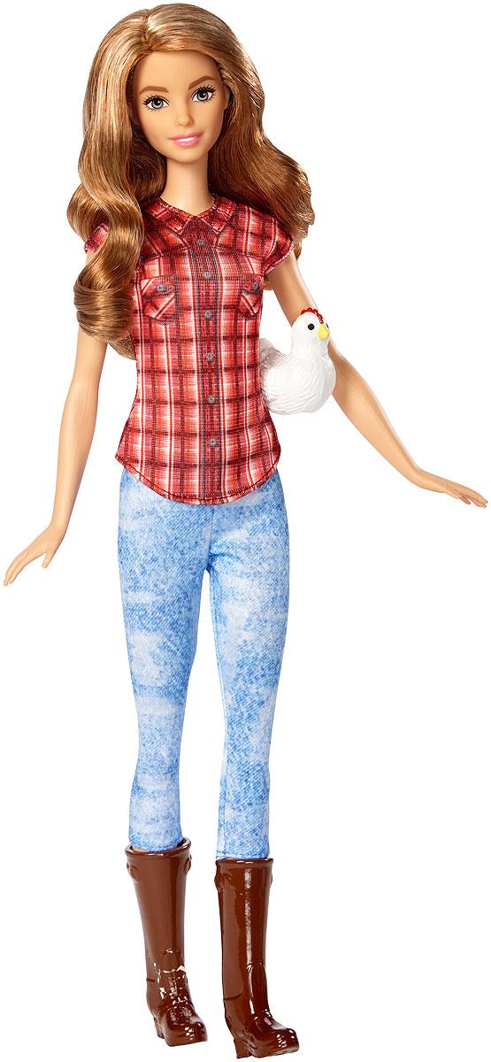 Barbie Кукла Кем быть ФермерDVF50_DVF53Следуйте за своей мечтой вместе с куклами Barbie разных профессий! Для Barbie не существует ничего невозможного! Каждая кукла одета в соответствующий профессии костюм. Рассказать ее историю помогут аксессуары: например, стетоскоп у медсестры или поварской колпак и кекс у кондитера. Хотите быть окулистом, ветеринаром или физиком? Попробовать себя в искусстве и стать поп-певицей? Разные типы телосложения, цвета кожи, глаз и волос позволят любой девочке найти что-то общее с куклами. Соберите их всех, ведь с Barbie вы можете стать кем угодно! В комплекте кукла, одежда и аксессуары, а также тематические предметы.