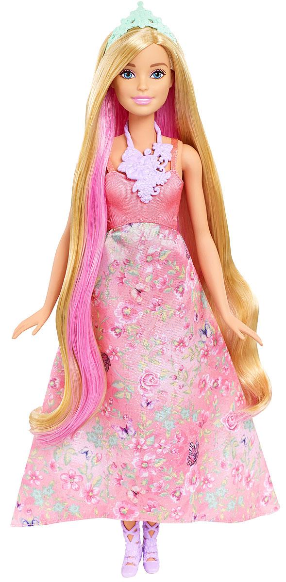 Barbie Кукла Принцесса с волшебными волосами DWH41_DWH42DWH41_DWH42Принцессы Barbie из линейки Dreamtopia - это тройное веселье в одной кукле. Волосы этих кукол меняют цвет! Выберите свою куклу Barbie: блондинку в розовом или брюнетку в зеленом. У каждой длинные локоны и длинные платья с цветочными принтами на пышных юбках. У каждой куклы 3 возможных цвета волос. Поверните макушку куклы, чтобы волосы стали ярко-розовыми. Смочите отдельные прядки холодной водой с помощью губки, чтобы получить фиолетовый оттенок. У каждой куклы есть туфли, тиара и удивительное ожерелье. В комплекте кукла-принцесса Barbie с длинными волосами, которые меняют цвет, одежда, аксессуары, расческа и губка.