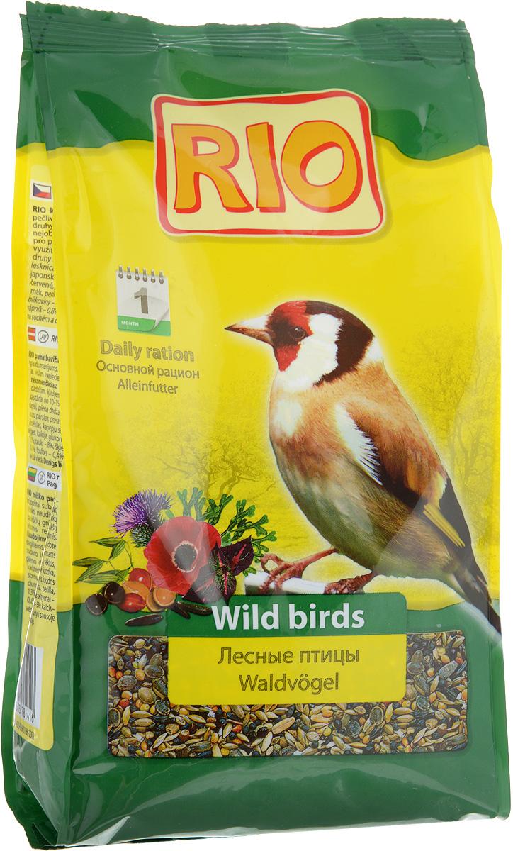 Корм для лесных певчих птиц Rio, 500 г47753Корм Rio - тщательно сбалансированная зерновая смесь для ежедневного кормления щеглов, чижей и других видов лесных птиц. Разнообразный состав включает семена, которыми лесные птицы питаются в природе, в том числе семена чертополоха, периллы, абиссинского нуга и других растений. Такой корм обеспечит птицу всеми необходимыми питательными веществами. Товар сертифицирован.