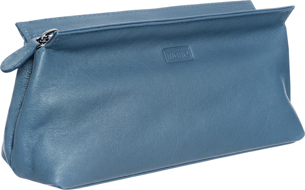 Косметичка Mano, цвет: пепельно-голубой. 13422 SETRU13422 SETRU kobald blueКосметичка Mano выполнена из натуральной текстурной кожи и оформлена тисненой надписью с названием бренда. Внутри расположено одно вместительное отделение для косметики, которое закрывается на застежку-молнию. Изделие упаковано в фирменную коробку.