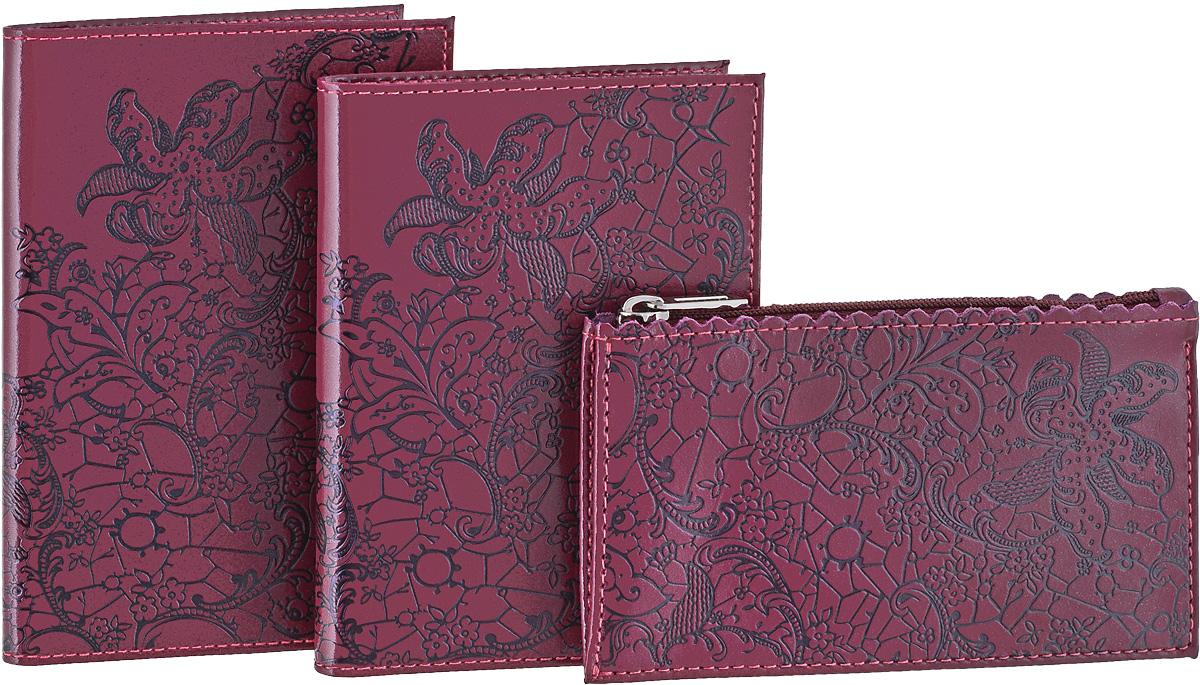 Подарочный набор Befler Гипюр: бумажник водителя, ключница, обложка для паспорта, цвет: фиолетовый. BV.38.vi/KL.25.vi/O.32BV.38.vi/KL.25.vi/O.32.viПодарочный набор Гипюр включает в себя бумажник водителя, обложка для паспорта и ключница. Обложка для паспорта Befler, выполнена из натуральной кожи, оформлена декоративным тиснением Гипюр. Внутри два вертикальных кармана из прозрачного пластика. Бумажник водителя Befler, выполнен из натуральной кожи, оформлен декоративным тиснением Гипюр. На внутреннем развороте 2 кармана из прозрачного пластика. Внутренний блок из прозрачного пластика для документов водителя (6 карманов). Ключница Befler, выполнена из натуральной кожи, оформлена декоративным тиснением Гипюр. Закрывается на молнию. Имеет внутри кольцо для ключей диаметром 22 мм на кожаной петле. Такой набор станет отличным подарком для человека, ценящего качественные и красивые вещи. Характеристики: Цвет: фиолетовый. Материал: натуральная кожа, текстиль, металл. Размер бумажника: 9 см х 12,5 см. Размер ключницы: 12,5 см х 7,5 см. Размер обложки: 9,5 см х 13,5 см. ...