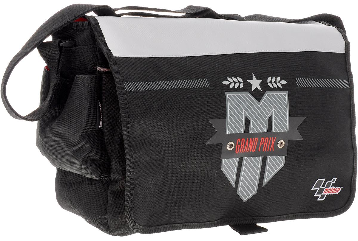 MotoGP Сумка школьная Grand PrixMGCB-UT1-402gШкольная сумка MotoGP Grand Prix выполнена из прочного полиэстера черного цвета. Удобная наплечная сумка содержит одно основное отделение, которое закрывается на молнию и клапан с липучками. Вместительное отделение содержит мягкий накладной карман с хлястиком на липучке, два открытых накладных кармашка и врезной карман на молнии. На передней и на задней сторонах сумки расположились большие карманы на молниях. По бокам сумка дополнена накладными карманами на липучках. Сумка имеет одну широкую лямку для переноски на плече. Лямка легко регулируется по длине. Прочную и вместительную сумку Grand Prix можно использовать для повседневных прогулок, учебы, отдыха или спорта.