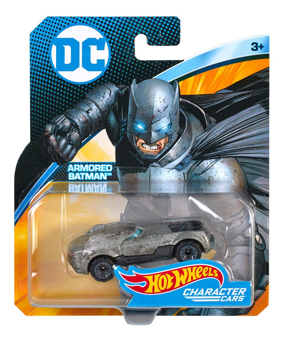 Hot Wheels Машинка DC DKJ66_FDB04DKJ66_FDB04Поклонники Hot Wheels и вселенной DC Super Hero Girls смогут пережить приключения любимых супергероинь с коллекцией машинок! Машинки, вдохновленные могуществом студенток Super Hero High, всегда готовы к гонке! У каждой машинки уникальный стиль и реалистичные детали, отражающие силу и облик героинь, которых они представляют. Выбери Чудо-женщину, Супергерл, Бэтгерл, Харли Квинн или Катану. Коллекции машинок мгновенно украсят любую коллекцию! Выбери одну или собери их все! Может не подходить к некоторым наборам Hot Wheels. Каждая игрушка продается отдельно. Собери их все!
