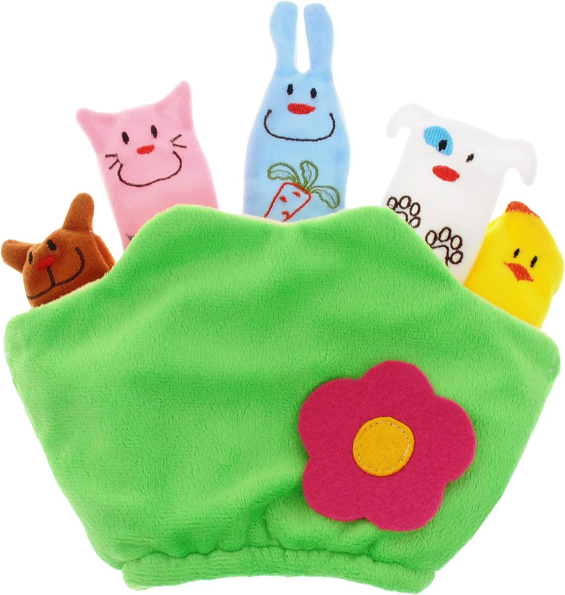 Mommy Love Развивающая игрушка ПолянкаPPO0Развивающая игрушка Mommy Love Полянка - это забавная мягкая перчатка, надеваемая на руку взрослого или ребенка, пальчики которой выполнены в виде фигурок зверушек. Перчатка дополнена эластичной резинкой, благодаря чему надежно и мягко обхватывает запястье и надежно держится на руке. Игрушка дополнена шуршащей вставкой, а благодаря маленькие пальчики-зверушки помогут развлечь малыша. С их помощью можно оживить любимые стихи, сказки, потешки. Очаровательная игрушка развивает внимание, зрительное и слуховое восприятие, творческие способности и мелкую моторику.