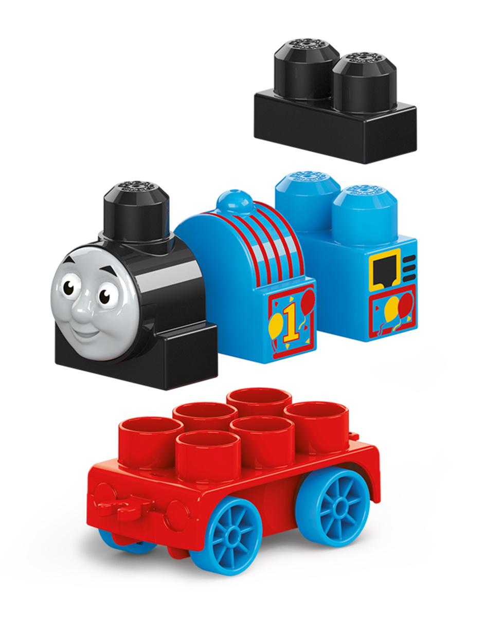 Mega Bloks Паровозик DXH47_FFD61DXH47_FFD61Погрузитесь в новые приключения всеми любимых друзей-паровозиков! Такими своих любимых друзей ты не видел никогда! Даже самые юные поклонники Томаса могут собрать Томаса, Джеймса и Перси, дружных персонажей из мультфильма Томас и его друзья, с новыми крупными блоками и колесными базами. Не спеша прокатись вокруг острова Содор и отправь паровозики вперед на полной скорости. Или соедини их вместе, чтобы игра стала еще веселее! Продаются отдельно. Герои, оформление и детали могут отличаться от изображения. Подходит для детей от года до пяти лет.