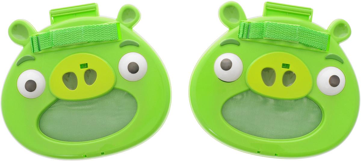 Angry Birds Игровой набор Мячеловка СвиньяТ56600Игровой набор Angry Birds Мячеловка предназначен для активной игры, веселых приключений и захватывающих бросков. Принцип игры состоит в том, что игроки запускают мячи поочередно – для новичков, или одновременно – для игроков-профи. Тому игроку, который мячи ловит, надо быть внимательным: траектория полета непредсказуема, свинья-мячеловка всегда должна быть наготове. На мячеловке имеется ремешок, чтобы было удобнее играть и чтобы рука не соскальзывала. Игровой набор понравится не только поклонникам популярнейшей компьютерной игры Angry Birds, но и всем детям без исключения, ведь рушить постройки поросят не в виртуальном, а в реальном мире очень весело!