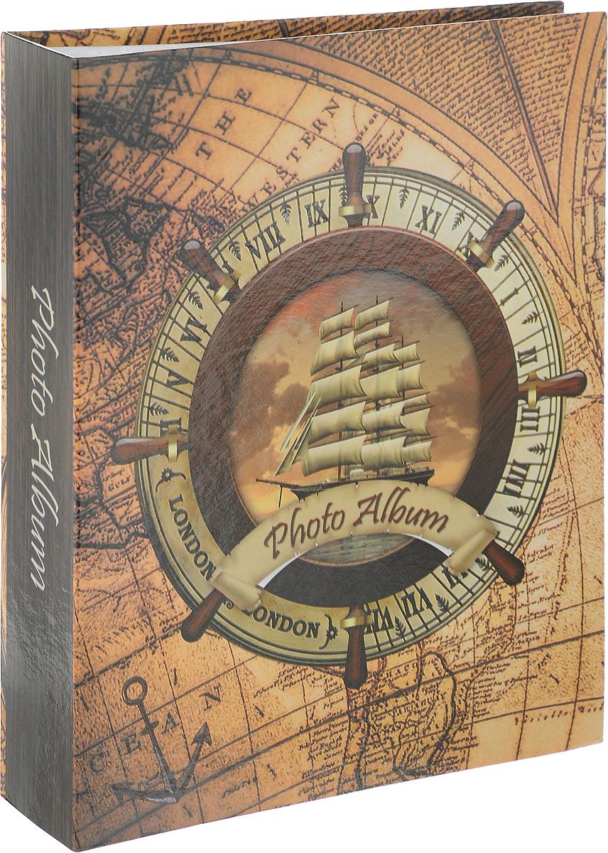 Фотоальбом Pioneer Rose Wind. Корабль, 200 фотографий, 10 х 15 см41557 LM-4R200_корабль 3Фотоальбом Pioneer Rose Wind поможет красиво оформить ваши самые интересные фотографии. Обложка, выполненная из толстого картона, декорирована рисунком в морской тематике. Внутри содержится блок из 100 белых листов с фиксаторами-окошками из полипропилена. Альбом рассчитан на 200 фотографий формата 10 х 15 см (по 2 фотографии на странице). Нам всегда так приятно вспоминать о самых счастливых моментах жизни, запечатленных на фотографиях. Поэтому фотоальбом является универсальным подарком к любому празднику.