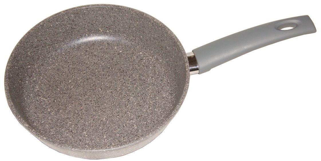 Сковорода Helper Granit, с антипригарным покрытием, цвет: серый с гранитной крошкой. Диаметр 22 смG5022Сковорода HELPER GRANIT выполнена из литого толстостенного алюминия , что позволяет равномерно распределять и прекрасно удерживать тепло, экономить электроэнергию и готовить пищу быстрее. Значительная толщина стенок и дна исключает деформацию корпуса изделий, гарантирует долговечность посуды. Снабжена антипригарным покрытием GREBLON C3+ с усиленным грунтовым слоем, дополнительно усиленное гранитной крошкой . Изделие не содержит кадмия и свинца, а также вредной примеси PFOA, оно абсолютно экологично и безопасно для здоровья. Антипригарное покрытие обладает высокой прочностью, пища не пригорает и сохраняет полезные свойства.Ручка выполнена из бакелита. Подходит для газовых, электрических и стеклокерамических плит. Можно мыть в посудомоечной машине.